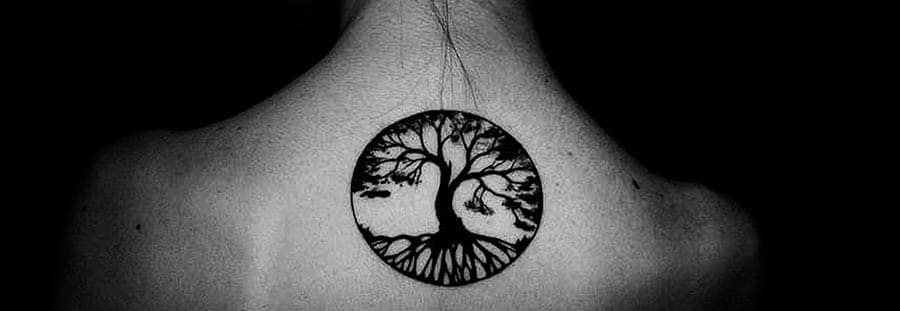 tatu del árbol de la vida parte alta espalda