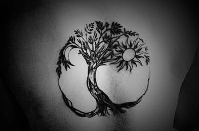 modelo tattoo del árbol de la vida