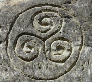 triskelion o triskele en piedra